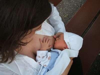 Breastfeeding Nourish Baby Mother Newborn Feeding