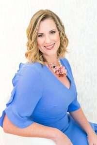 Dr. Amy Stinson, headshot